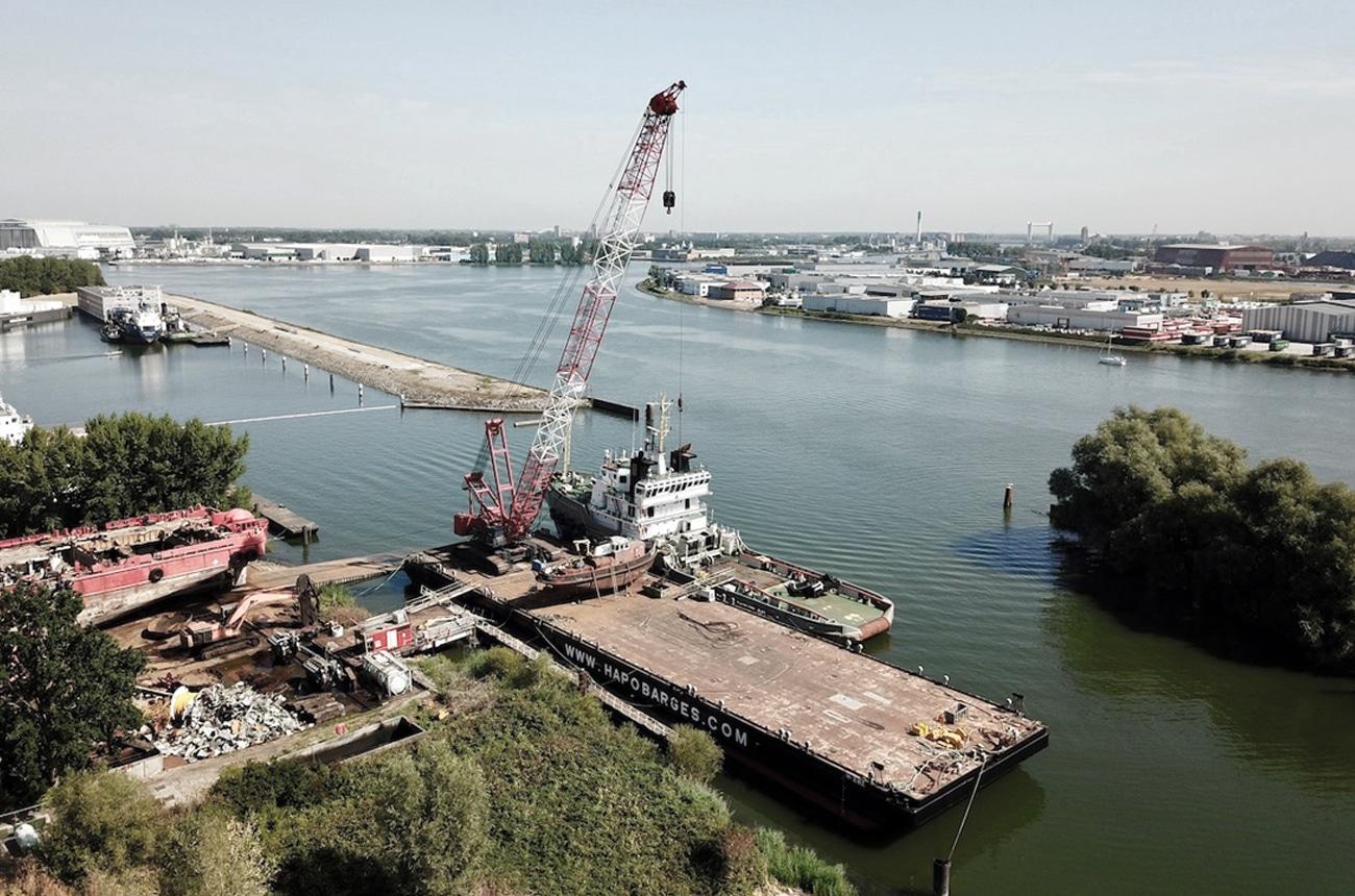 Hapo International Barges — Supplier of maritime equipment